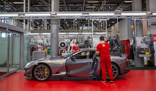 フェラーリ 生産再開 812GTS