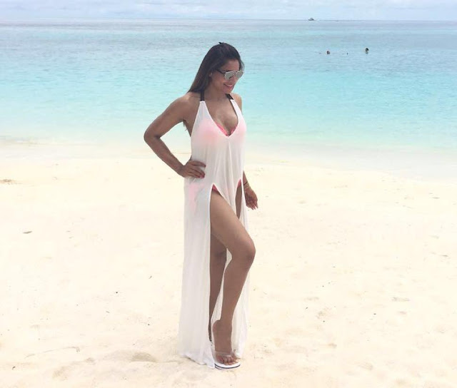 Karan Singh Grovers Shared Hottest Bikini Pic of Bipasha Basu From There Honeymoon
