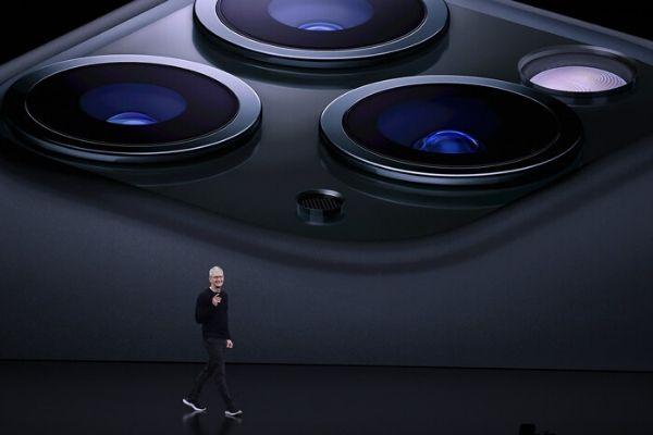 """Được trang bị chip  5nm, 5G, iPhone 12 có được 80 triệu máy như""""nhà Táo"""" mong đợi"""