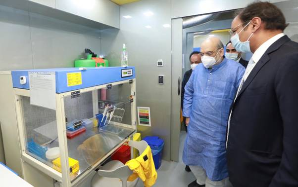 Inauguration-of-Mobile-RT-PCR-testing-Lab