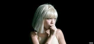 As Mensagens Subliminares nos vídeos de Sia 'Chandelier'
