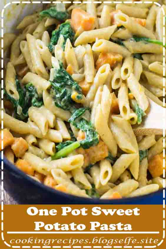 4.8 ★★★★★ | Easy and delicious one pot sweet potato and spinach pasta. Perfect for a meatless dinner! #easy #dinner #pasta #noodles