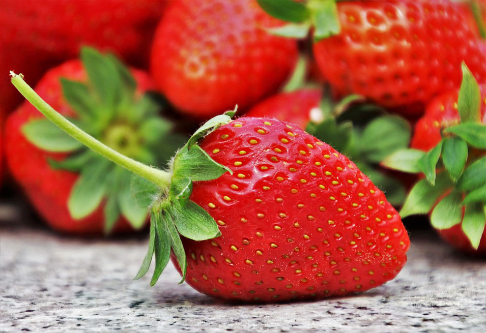 15 Healthy Reasons to eat Strawberries