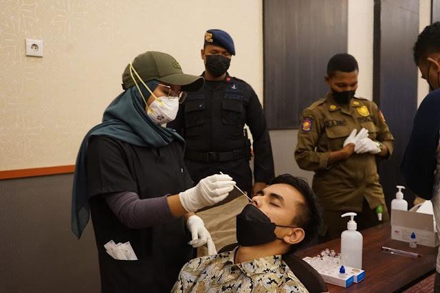 Gelar Operasi Yustisi di Hotel Seputaran Jayapura, Dua Pegawai Dinyatakan Positif