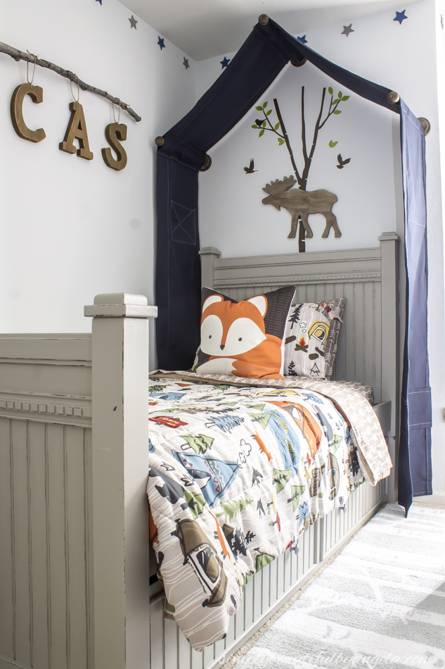 Boy woodland themed bedroom