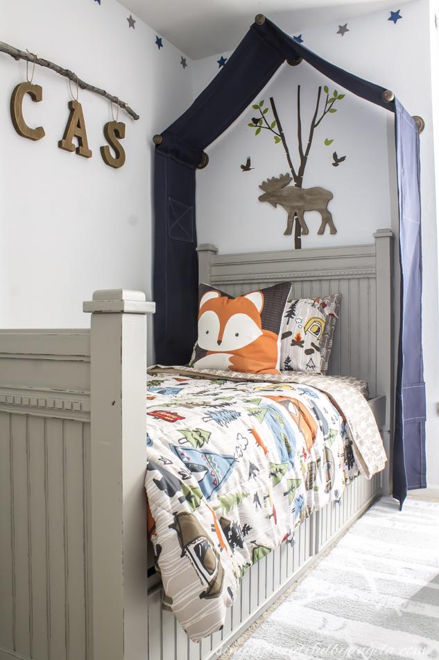 Boy woodland themed bedroom