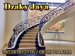 model railing tangga besi tempa, railing tangga klasik, railing tangga besi ulir (4)