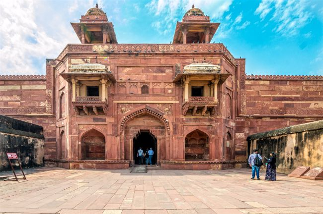 Jodha Bai's Palace - outer view