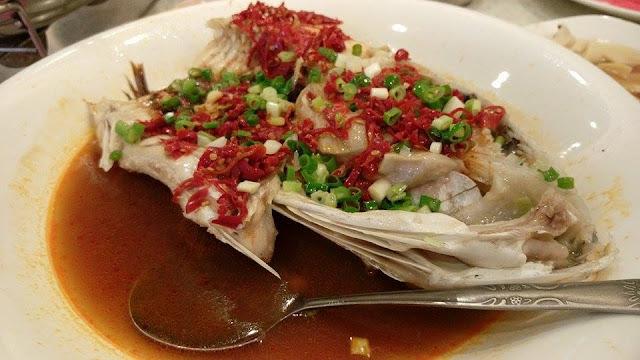 剁椒鰱魚頭