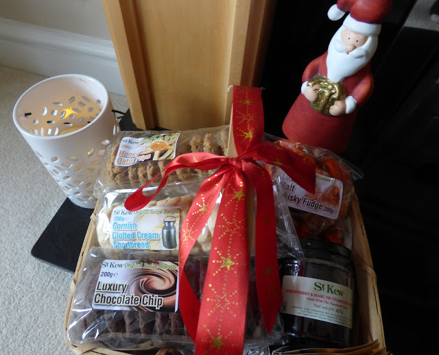 Goodwill Hamper Dobies of Devon Classic Christmas movie Its a wonderful life