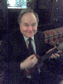 Clive Anderson with ukulele