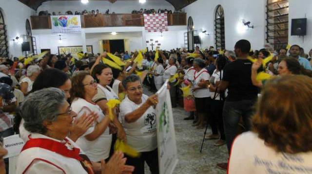 Coronavírus: Igrejas católica e evangélica de Itapetinga suspendem eventos religiosos
