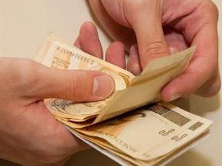 Servidores do Estado recebem salários na segunda e terça-feira