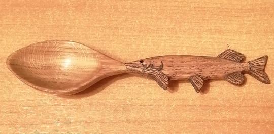 ложка для рыбацкой  ухи из дуба