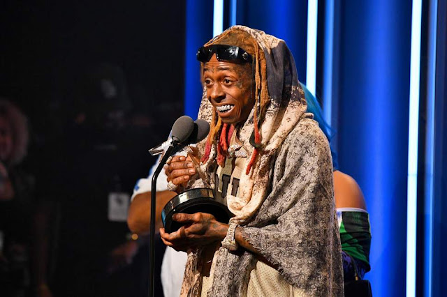 Lil Wayne Concert Ends After Someone Screams 'Shots Fired'