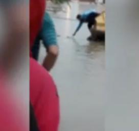 انتشال جثة طفل, لودر, وسط مياه الامطار, الشرقية, صعق بالكهرباء,