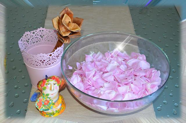 как дома сделать розовую воду