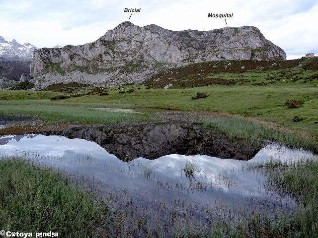 Segundo objetivos del día: Pico Bricial y Mosquital