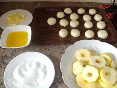 طريقة تحضير المسمن بالتفاح وكريم باتسيير روعة