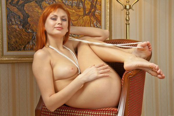 Nonnude Thick College Girls - Blind Naked