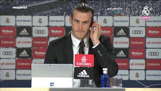 Gareth Bale talks to the media about his contract extension 31/10/2016