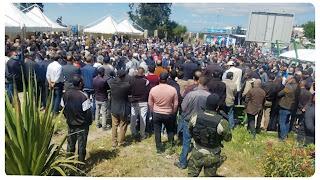 وسط تجمع كبير من المواطنين انطلاق مراسم دفن مختار اللموشي بحضور راشد الغنوشي