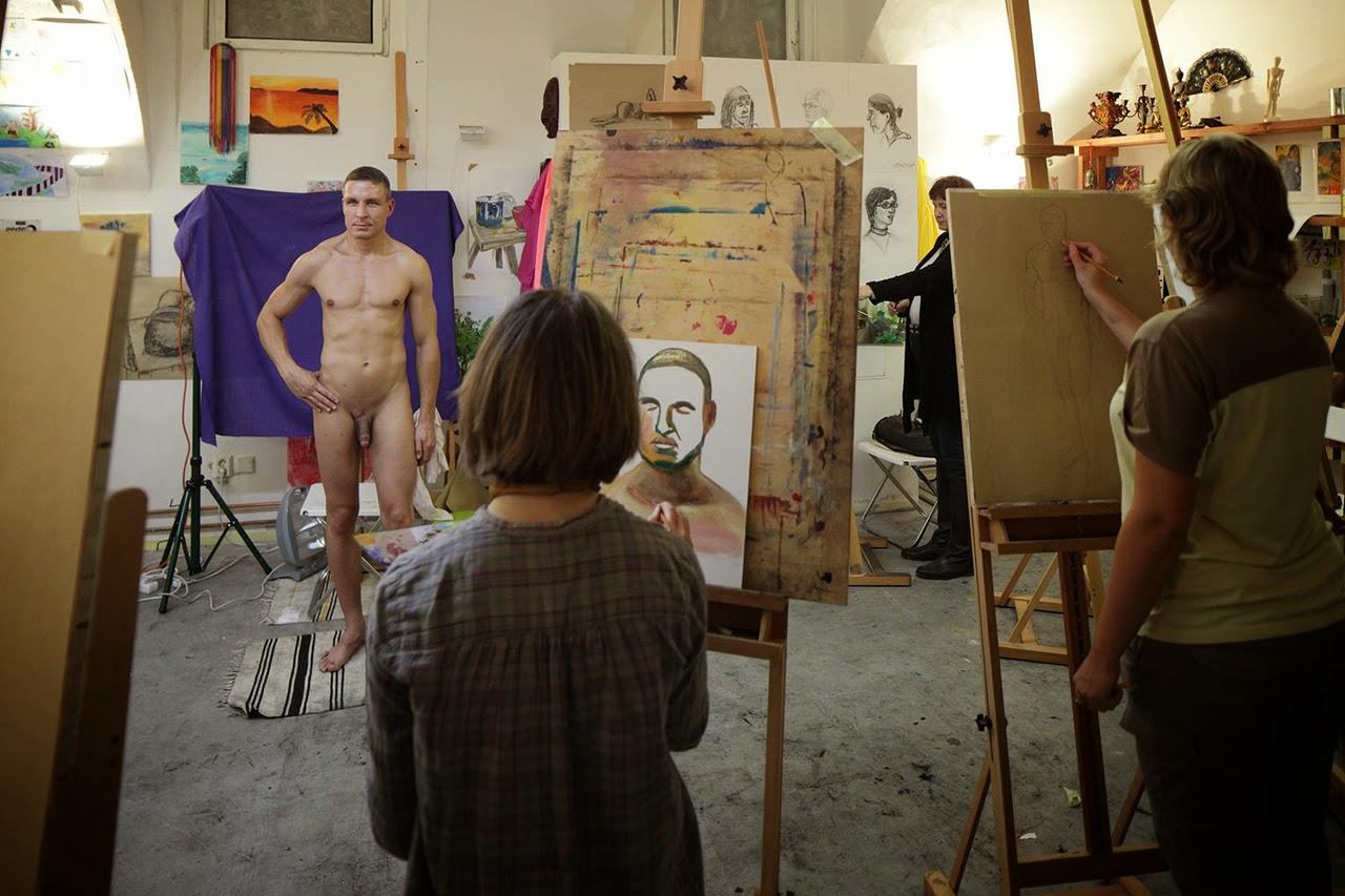 modeling nude in art class