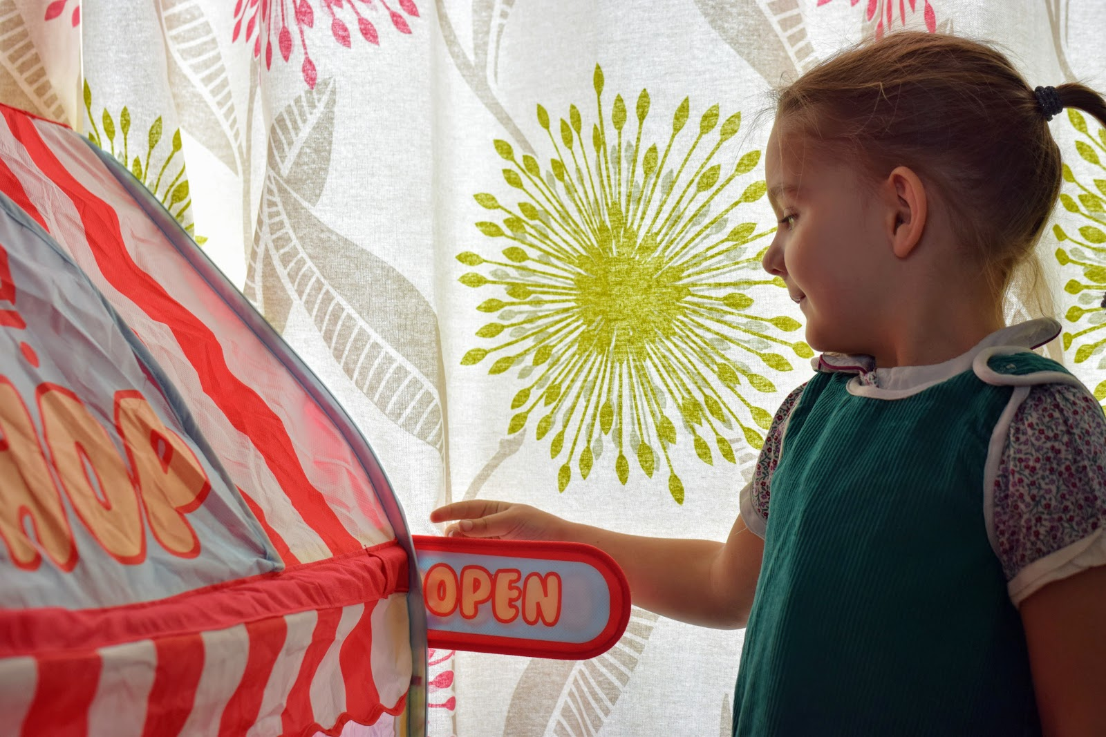 , Lets Play Shop! Chad Valley Shop Play Tent #ChadValleyPlayPanel #review