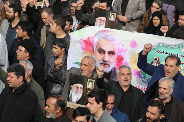 """ماذا تعرف عن وفاة الجنرال الإيراني """"قاسم سليماني"""""""