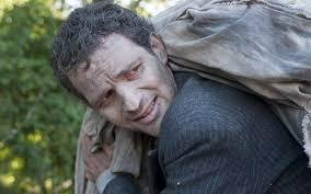 Gambar Saul dengan mengangkat Jenazah seorang Bocah Yahudi