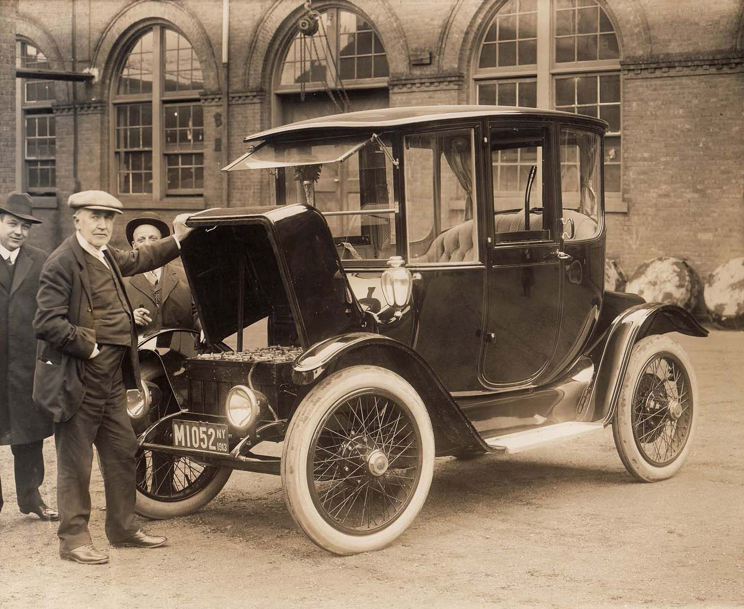 Thomas Edison and an electric car in 1913.