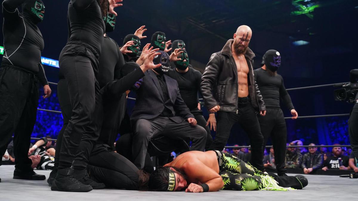 "Dark Order comenta sobre famoso ""botch"" envolvendo Dustin Rhodes"
