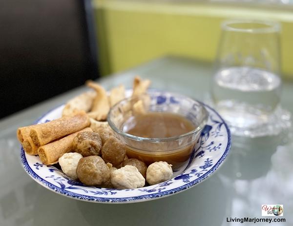 Street Food by Mekeni
