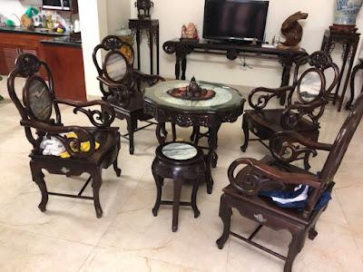 1 bộ bàn ghế gỗ trắc