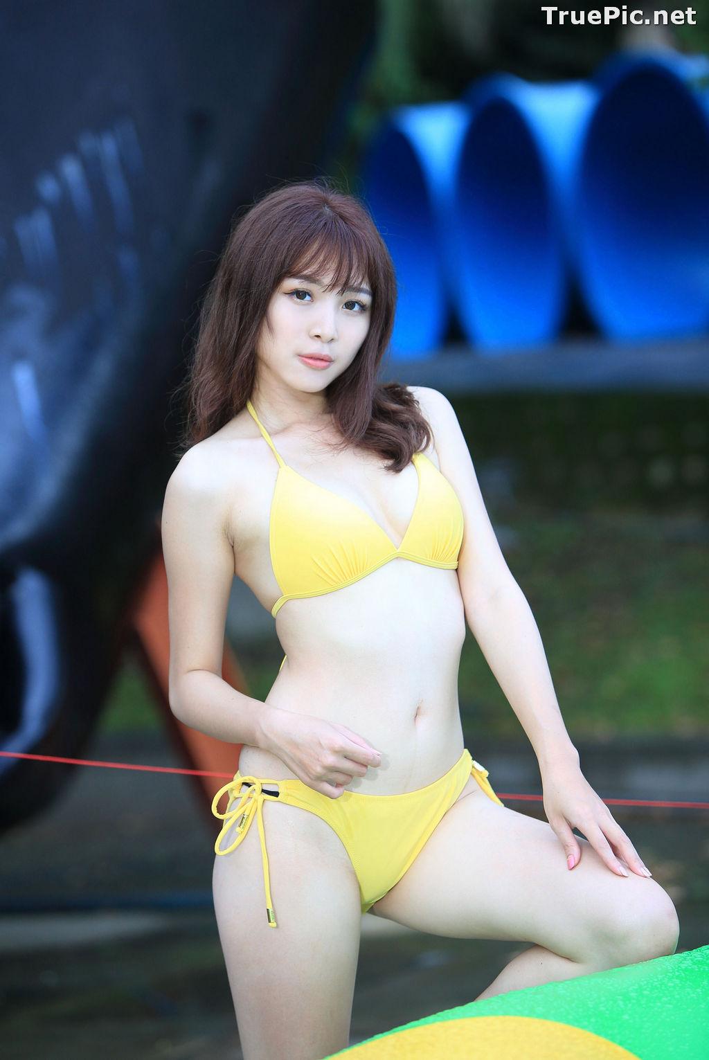 Image Taiwanese Model - Ash Ley - Yellow Bikini at Taipei Water Museum - TruePic.net - Picture-30