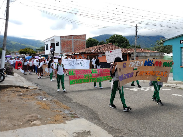 estudiantes-rechazan-violencia-corinto-cauca