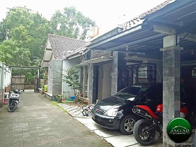 Rumah di Lempongsari dekat Hotel Hyatt