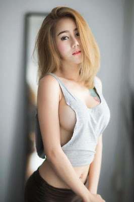 Hot and sexy photos of beautiful busty asian hottie chick Thai model babe Phattarasaya Sarnram photo highlights on Pinays Finest Sexy Nude Photo Collection site.