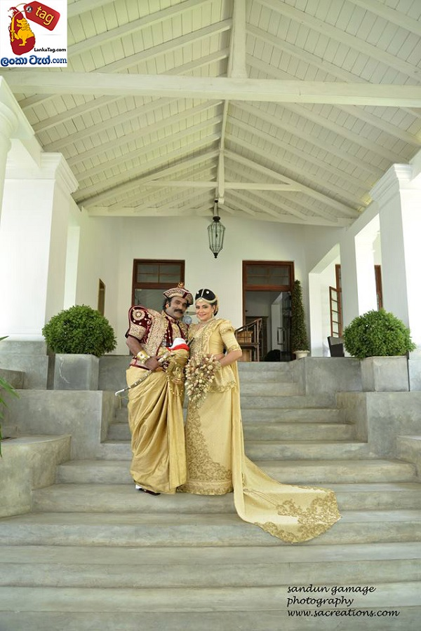 Sriyantha Mendis And Kusum Renu 30th Wedding Anniversary Photo Shoot 4