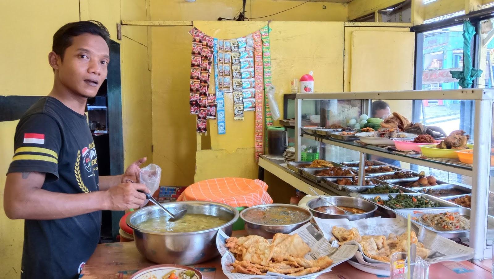 Warteg Sederhana Sukapura Jakarta Utara