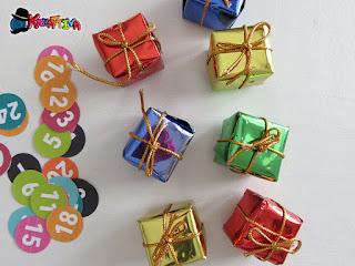 pacchetti regalo realizzati con carta luccicosa