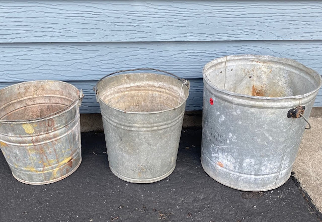 Photo of 3 galvanized buckets