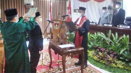 pelantikan Ketua DPRD Bukittinggi Beny Yusrial