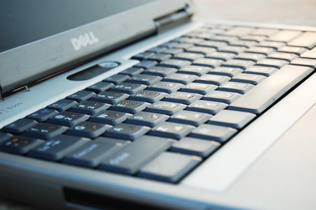 Laptop Dell Core i3 Terbaik