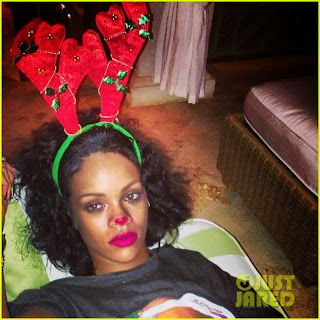 Rihanna Pinta Nariz Roja