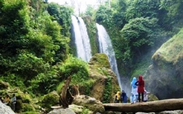 'Wisata Air Terjun 86 Inhil'. Kawasan ini terletak di Desa Keritang, Kecamatan Kemuning, Kabupaten Indragiri Hilir, Riau.