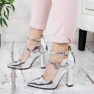 Pantofi dama Tomir argintii eleganti piele lacuita la moda