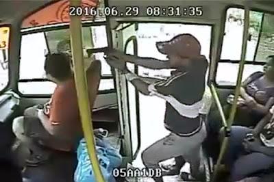 Ejecucion en Transporte Publico