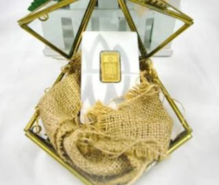 Keuntungan Memiliki Emas Gift Series