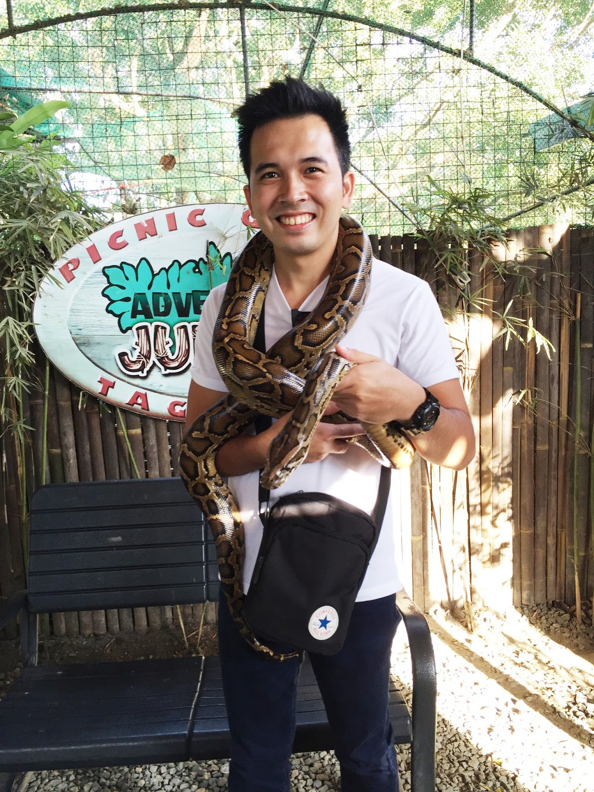 picture taking with snakes